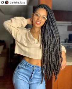 Dreadlock Styles, Dreadlock Hairstyles, Protective Hairstyles, Cool Hairstyles, Nattes Twist Outs, Fashion 90s, Curly Hair Styles, Natural Hair Styles, Vintage Outfits