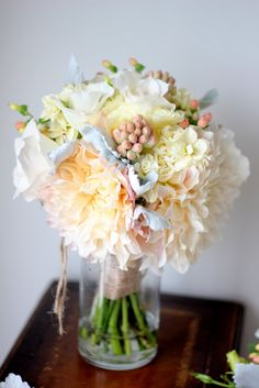 Gorgeous-love the palate & pink hypericum and those pink tuberose buds! For the bathroom?