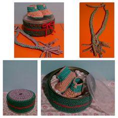 Caja crochet con base de trapillo, collar lactancia y zapatos crochet de bebe.