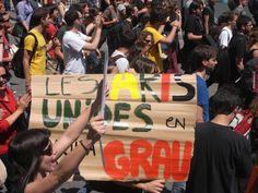 23/05/2012 - Les étudiants en arts demandent la reconnaissance de leur diplôme. (Maxence Kagni)