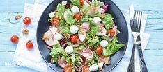 Salade met gerookte kip en spekjes - Leuke recepten