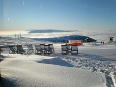 Kaimaktsalan ski center Places In Greece, Macedonia, Planet Earth, Airplane View, The Good Place, Skiing, Planets, Snow, Country