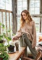 Rag long sleeves with hole pattern / Sandnes Garn* Slow Fashion, Autumn Fashion, How To Purl Knit, Knit Picks, Spring Street Style, Knitwear, Sweaters For Women, Cute Outfits, My Style