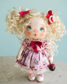 New doll is waiting for mommy Reserved❤ Sold Новая куколка ищет дом❤ Продана #alicemoonclub #ooak #fabricdolls #handmade #clothdoll #heirloomdoll #customdoll #doll #homedecor #interiordolls #artwork #인형#娃娃 #kawaii #artdolls #vintage #unique #picoftheday #decoration #dollmaker #etsyseller #like4like #dollsofinstagram #handmadedoll #dollscollection #girlroom #giftideas #текстильнаякукла #интерьернаякукла #etsyshop