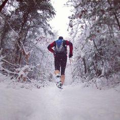 I hate winter, but I do love some good #snowrunning. Thanks to @paulblankman on Instagram.