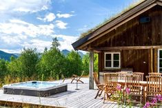 FINN Eiendom - Fritidsbolig til salgs Deck, Real Estate, Exterior, Architecture, Outdoor Decor, Ski, Log Cabins, Home Decor, Arquitetura