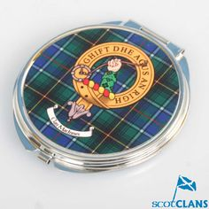 MacInness Clan Crest Compact
