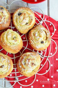 Gabriella kalandjai a konyhában :) Eat Pray Love, Doughnut, Muffin, Breakfast, Pastries, Foodies, Morning Coffee, Tarts, Muffins