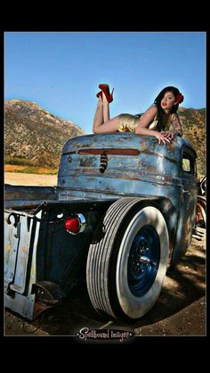 hot rod, muscle cars, rat rods and girls: Photo Hot Rod Trucks, Cool Trucks, Cool Cars, Cars Vintage, Look Vintage, Vintage Stuff, Rat Rods, Rat Rod Girls, Pin Up Car
