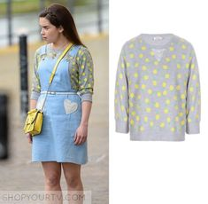 f904d54cd29 Lou Clark (Emilia Clarke) wears this grey pineapple print sweater in the  movie Me Before You. It is the Miss Patina Tropical Dreams Pineapple Print  Sweater ...