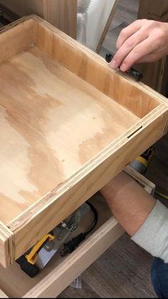 Diy Furniture Plans Wood Projects, Diy Furniture Couch, Small Wood Projects, Painted Furniture, Diy Projects, Diy Storage Bench, Shop Storage, Shop Organization, Workbench Organization