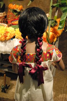 Chicontepec Braids We will braid everybodies hair at this thinking day, representing Mexico Ribbon Hairstyle, Ribbon Braids, Hair Ribbons, Little Girl Braid Hairstyles, Little Girl Braids, Girls Braids, Spanish Hairstyles, Mexican Hairstyles, Hydrangea Petiolaris