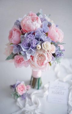 Terrific Totally Free Wedding Bouquets lilac Ideas Them may seem like a little selection initially, although leaving behind some sort of bloom go shopping may br. Bride Bouquets, Floral Bouquets, Bridesmaid Bouquet, Beautiful Flower Arrangements, Floral Arrangements, Beautiful Flowers, Bridal Flowers, Flower Bouquet Wedding, Diy Flowers