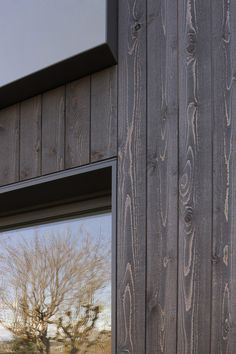 ideas for house facade design wood timber cladding Exterior Wall Cladding, House Cladding, Timber Cladding, Black Cladding, Facade Design, Exterior Design, House Design, Wood Architecture, Contemporary Architecture