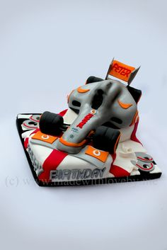 HOW TO: Carve a Formula One car cake | Made with Love