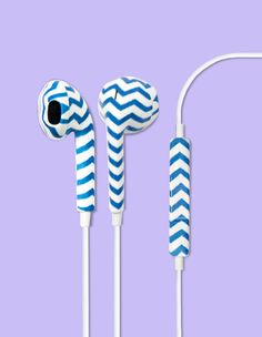 Our Chevron Printed earbud headphones is made for the true individualist who only wants to compliment their style. Your style is your own, and literally a one-of-a-kind edition. With these playful ear