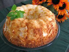Sugarplum's Kitchen: Pineapple Angel Food Cake