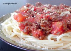 An Expat Cooks : Simple Bolognese Sauce--A delicious and fast bolognese sauce Bolognese Sauce, Pasta, Dinner, Cooking, Simple, Ethnic Recipes, Food, Dining, Kitchen