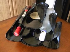 Many of us have an ancient collection of vinyl records that we don't really want anymore. They clutter up our homes but we just don't have the heart to chuck them away. If you're one of those people then why not consider upcycling? There are plenty of really awesome creations you can make out of old vinyl. Take a look!