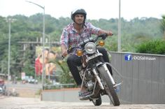 Dulquer Salmaan in Salalah Mobiles