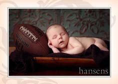http://hansensphotography.com/wp-content/uploads/2011/09/newborn-boy-portrait.jpg