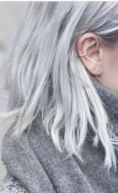 75 Ombre Hair Color For Grey Silver This is my ideal length and color in the long run. Are you looking for ombre hair color for grey silver? See our collection full of ombre hair color for grey silver and get inspired! Grey Ombre Hair, Silver Grey Hair, Silver Ombre, Silver Blonde, Grey Platinum Hair, Grey White Hair, Blue Hair, Silver Ring, Cute Ear Piercings