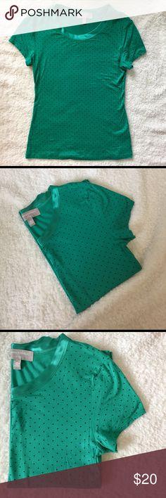 Banana Republic, Tee Shirt, Green Polka Dot. XS Banana Republic, Green Polka Dot, Tee Shirt. Luxe Touch. Extremely soft and comfortable. Size XS. Worn once. Banana Republic Tops Tees - Short Sleeve