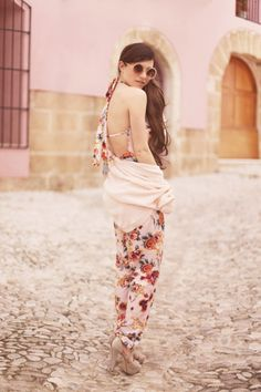 The lovely Audrey from www.befrassy.net looks lovely in her #boohoo floral playsuit... did you see her collaboration with us?