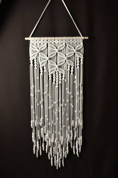 Home decorative macrame wall hanging Hand Made , Zuhause dekorative Makramee-Wandbehang Home Decorative Macrame Wall Hanging Macrame Wall Hanging Patterns, Macrame Wall Hanging Diy, Macrame Plant Holder, Macrame Curtain, Macrame Art, Macrame Projects, Macrame Knots, Free Macrame Patterns, Etsy Macrame