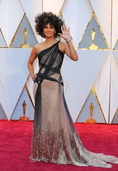 c83f8a0dd7 Stars expected to make another subtle political fashion statement at the  2018 Oscars
