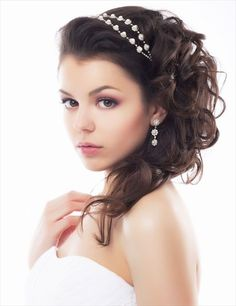 wedding hair for round faces | Bridal Hairstyles for Medium Length Hair