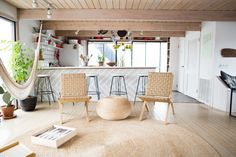 Frederick  Mae and friends houseboat | Remodelista