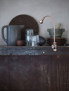 JANSJÖ LED wall/clamp spotlight IKEA You can easily direct the light where you want it because the lamp arm is adjustable. Ikea Portugal, Ikea New, Can Lights, Spots, Led Lampe, Ikea Furniture, Copper Color, Ikea Hack, Wabi Sabi