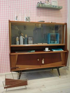 Mid Century Mirrored Display Cabinet Shelf by TriBecasVintage ...
