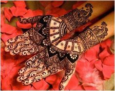 unique patterns bridel mehndi designs