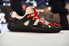 KI ecobe is a self-assembly shoes made of non-adhesive type for Eco-friendly, and it can be customized many different styles by applying various seasonal materials and colors based on personal preference. #kioriental #kiecobe #ecofriendly #customize #shoes #sneakers #KR #indiegogo #reddot #ifdesignaward #dfaaward #케이아이 #케이아이에코비 #친환경 #스니커즈 #레드닷 #인디고고