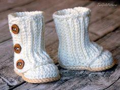Crochet Pattern #112 Baby Wrap Boot  -  Instant Download - PDF L by TwoGirlsPatterns on Etsy https://www.etsy.com/listing/220841418/crochet-pattern-112-baby-wrap-boot