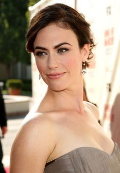 "Maggie Siff Photos - Actress Maggie Siff arrives at the series premiere screening of FX Network's ""Sons of Anarchy"" held at the Paramount Studios theater on August 2008 in Los Angeles, California. - FX Networks Screening Of ""Sons Of Anarchy"" Sons Of Anarchy Tara, Sons Of Anarchy Samcro, Maggie Siff, Mad Men, Pretty People, Beautiful People, Beautiful Women, Divas, Artists"
