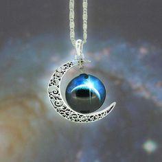 Necklace Moon, Pendant Necklace, Necklace Charm, Pearl Necklace, Silver Necklaces, Jewelry Necklaces, Gold Jewellery, Jewlery, Diamond Jewelry