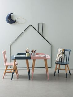 Cyrillus Home - Paul & Paula -- this would be so easy to do with string and push pins or nails!!