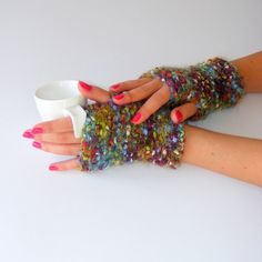 *** FALL FASHION WOMEN ACCESSORIES ***  Measurements:   ~Length~: 4 inches ( 10 cm)  ~Height~: 7 inches ( 18 cm)