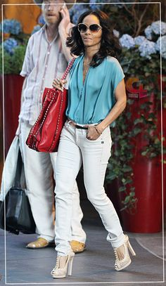 Jada Pinkett-Smith (CONCRETELOOP.COM)    Love this, the shoes are fab!