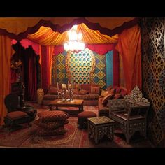 Moroccan decor living room - Decorating Moroccan Style Elegant and Exotic – Moroccan decor living room Moroccan Decor Living Room, Moroccan Home Decor, Moroccan Interiors, Funky Home Decor, Moroccan Design, Living Room Decor, Moroccan Style Bedroom, Modern Moroccan, Living Rooms