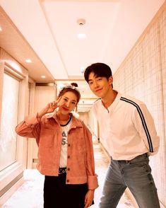 Nam Joo Hyuk and Sandara Park Nam Joo Hyuk Lee Sung Kyung, Jong Hyuk, Drama Korea, Korean Drama, Park Bogum, Ahn Hyo Seop, Kim Book, Nam Joohyuk, Sandara Park