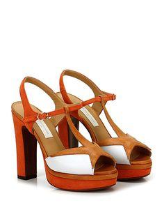 L'AUTRE CHOSE - Sandalo alto - Donna - Sandalo alto in camoscio e pelle con cinturino su collo piede e suola in cuoio. Tacco 125, platform 40 con battuta 85. - CAROTA\BIANCO - € 345.00
