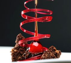 Fancy Desserts, Sweet Desserts, Chocolate Art, Chocolate Desserts, Adriano Zumbo Cakes, Zumbo Desserts, Queen Cakes, Plating Ideas, French Patisserie
