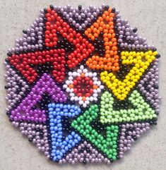Peyote Related Post Tutorial Orecchini Peyote – Come fare un cer. One drop Peyote stitch PATTERN. Peyote Patterns, Beading Patterns, Beaded Flowers Patterns, Seed Bead Flowers, Melting Beads, Seed Bead Necklace, Beading Projects, Loom Beading, Bead Art