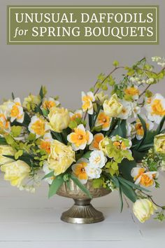 Add unexpected beauty to your spring garden and seasonal bouquets by planting some lesser-known daffodil varieties. There's a surprising range of colors, flower styles and bloom times to choose from. Different Flowers, Large Flowers, Spring Bouquet, Spring Flowers, Flowering Plants, Planting Flowers, Dragon Garden, Beautiful Flowers, Beautiful Places