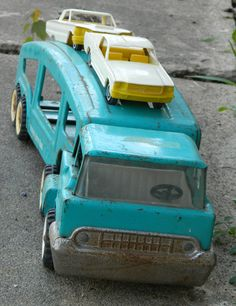 1960s Structo auto car carrier truck