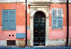 https://flic.kr/p/bxXnLc | Rome, Doors & Walls | +13 photos in comments